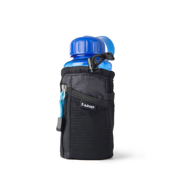 0. mano with bottle front view - single light web A28I9357.JPG